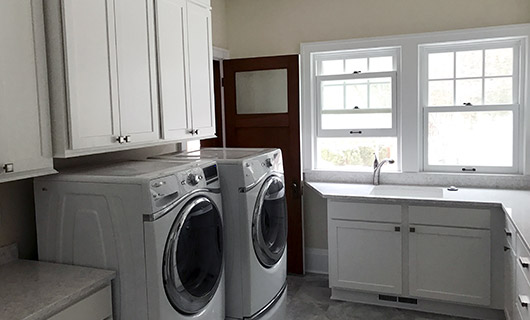Oconomowoc Laundry Room