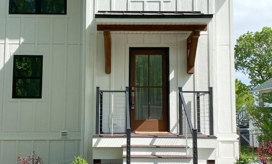 Elkhorn Lake House Entry